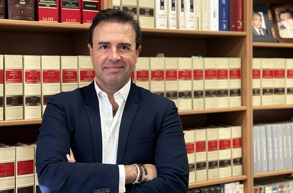 https://www.aguileracastilla.es/wp-content/uploads/2021/02/equipo-listado-aguilera-castilla-despacho-abogados-granada-juan-luis.jpg