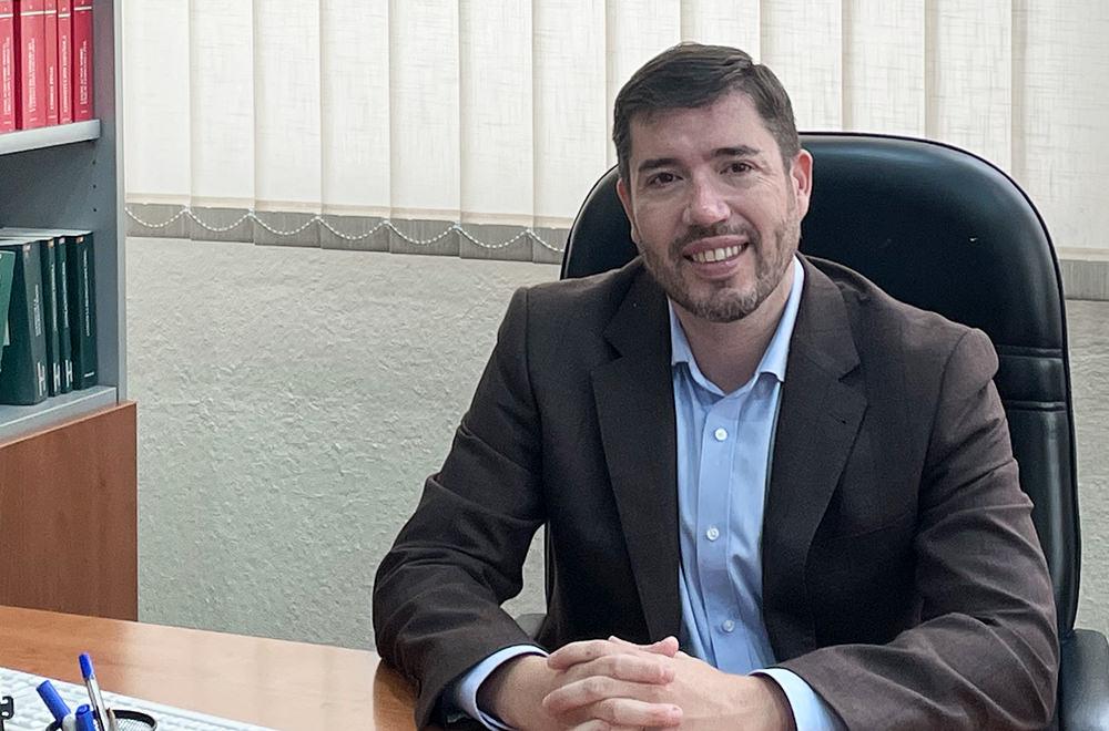 https://www.aguileracastilla.es/wp-content/uploads/2021/02/equipo-listado-aguilera-castilla-despacho-abogados-granada-santiago.jpg